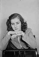 : Peggie Bryant, Dec 10 1946