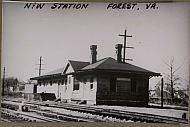 : Train sta Forest jg