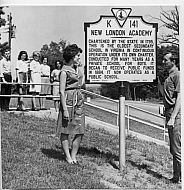 New London Academy - Historical Marker