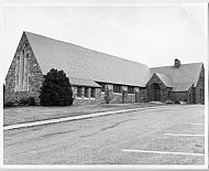 : Fort Quaker Mem Church lhf