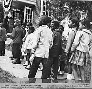 : Black children attend sch 1963