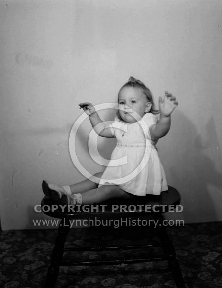 : Henry Lanum Baby, Dec 1946