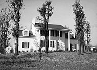 : DR. SAUNDERS HOUSE