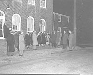 : METHODIST CHURCH CHRISTMAS CAROLERS