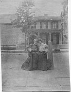 Ladies, unknown house