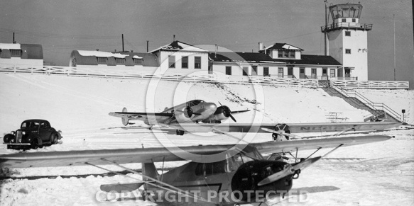 Preston Glenn Airport, Lynchburg, 1945