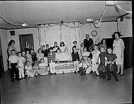 : Corin Banton, Monroe, May 28, 1965, 4th grade & kindergarten