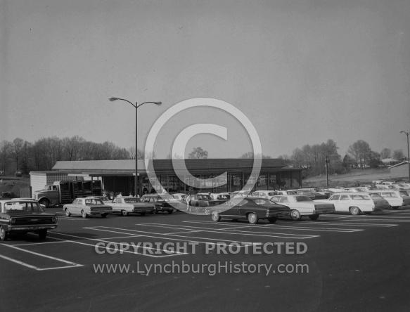 : King Market, Timberlake Rd, April, 6 1968