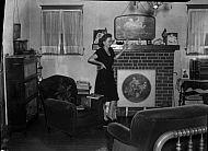 : NANCY WALTON, FLASH PICTURE IN LIVING ROOM, JUY 30