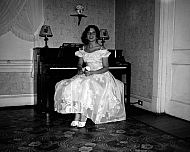 : Dorothy White - pictures of woman