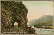 Bridges and Rivers : Water wasp rk tunnel jg