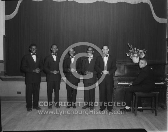 : CLAYTON THOMPSON SINGERS, JUNE 10