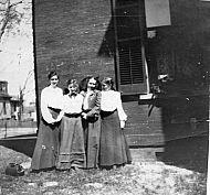 600 Pearl Street , Eva H Williams, Nellie Louise