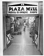 Pittman Plaza - Mini Mall