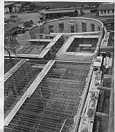 : EC glass const 1951