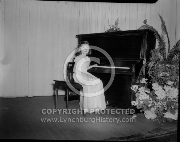 : JAMES E. SHANER, GIRLS AT PIANO, MRS. GIBBS MUSICAL, JUNE 12