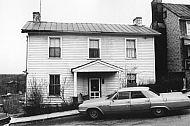: Clay St., 400 bl. Garland Hill